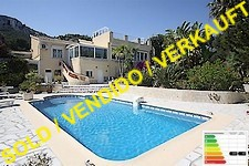 villa with sea view and beautiful garden in denia