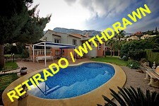 villa with separate guest apartment in denia