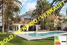 frontline beach villa in denia