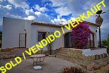 detached sea-view villa in Calpe