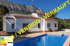lovely villa with pool in denia